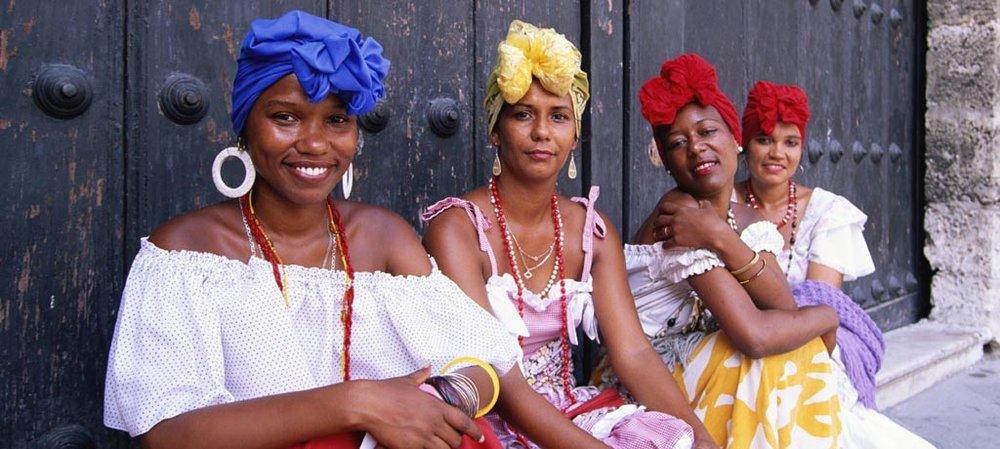 Cuban Market People.jpg