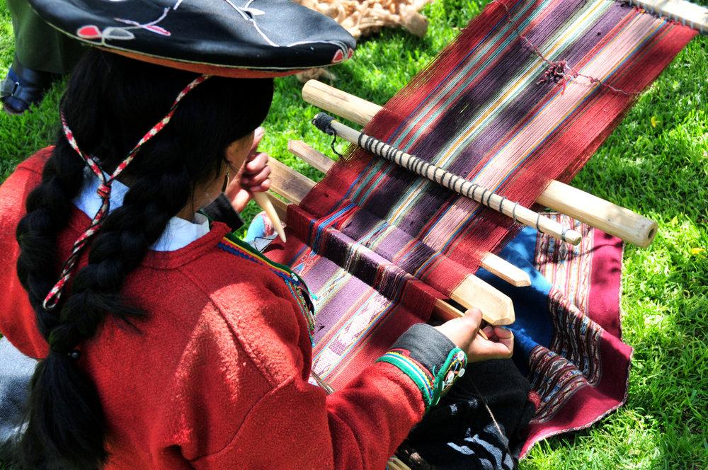 PERU Crafts, Treks and Gastronomy
