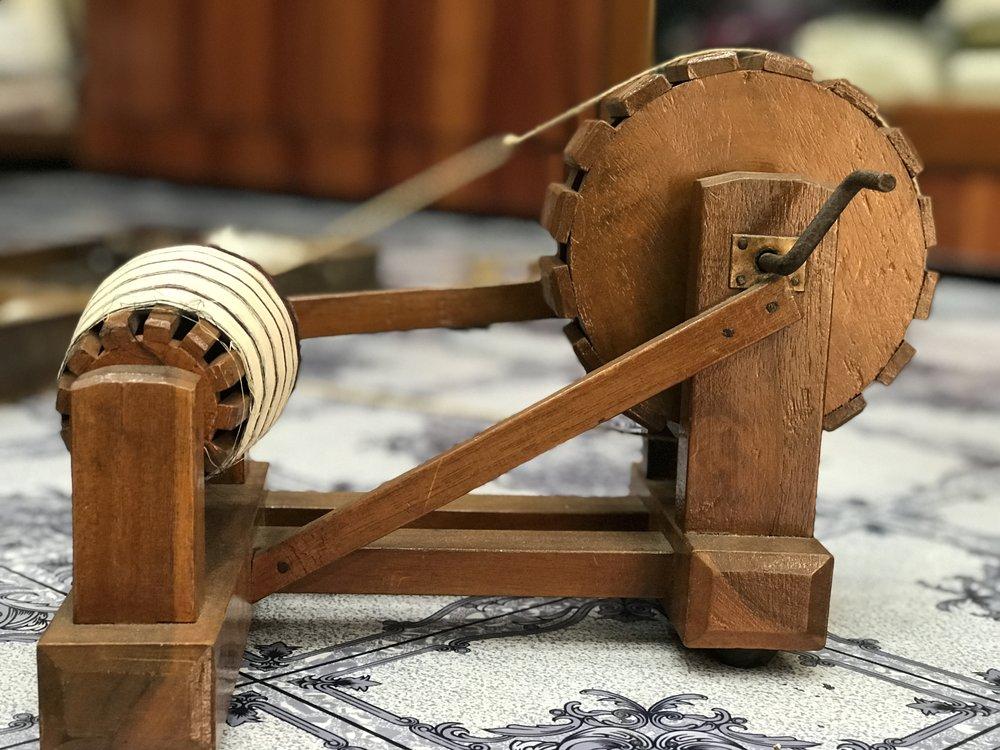 A miniature spinning wheel