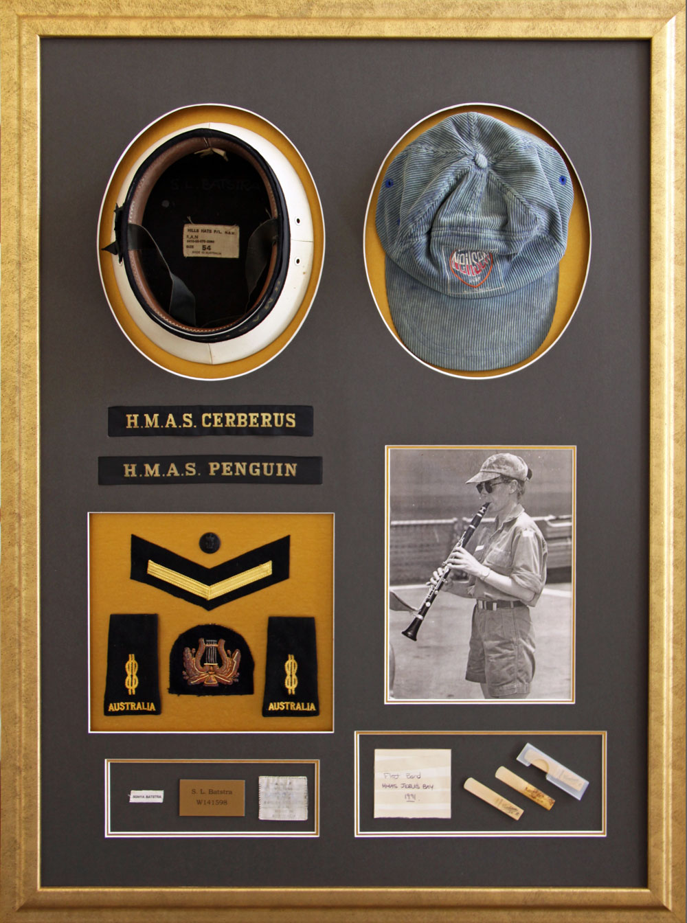 ExPERT FRAMING of memorabilia