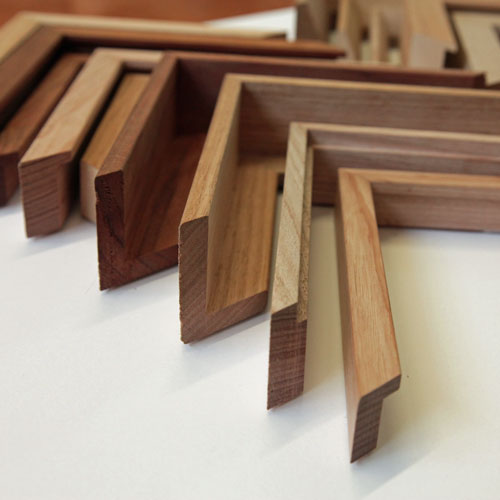 LARGE SELECTION OF SPECIALTY MOULDINGS