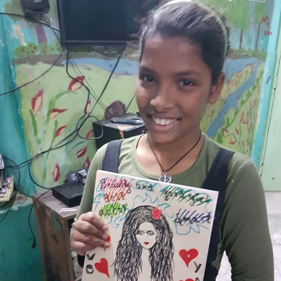 Beautiful Pooja showing off her incredible art