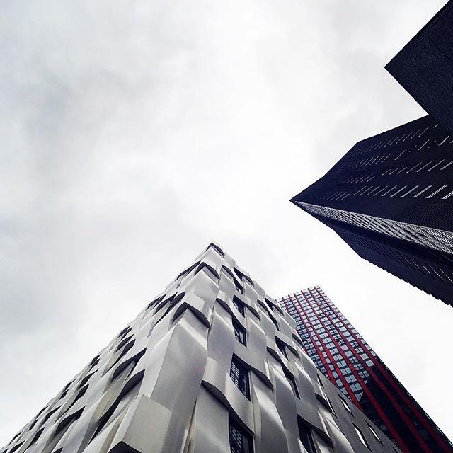 #ibisrotterdamcitycentre #kcap #iphone7plus #zeissexolens #architecturelovers #architecturephotography