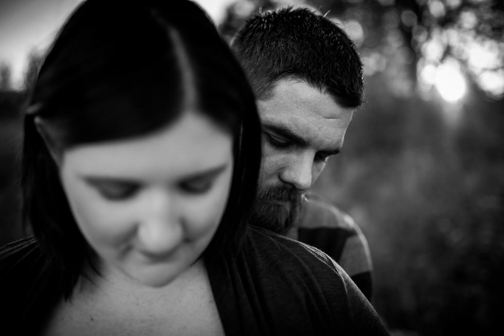 maternity-shoot-at-humber-bay-by-jenny-diaz-toronto-maternity-photographer
