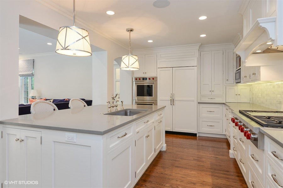 5_986PrivateRoad_177_Kitchen_LowRes.jpg
