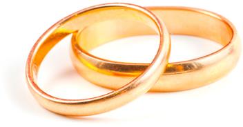 wedding rings2.jpg