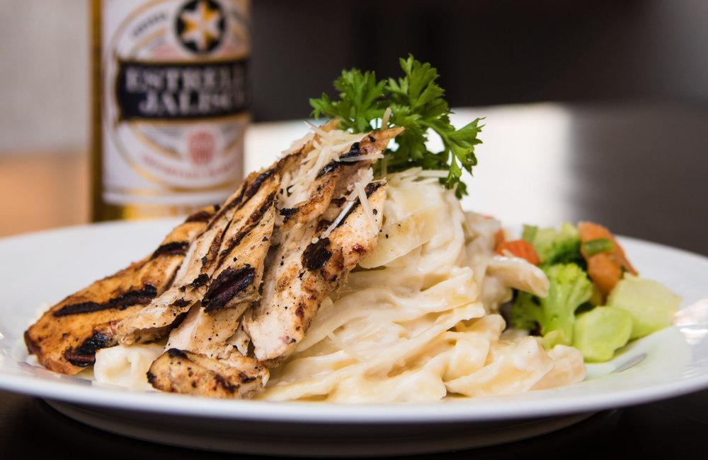 Chicken or Shrimp Fettuccine Alfredo