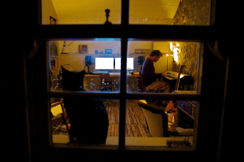 Hugh Carswell / Studio