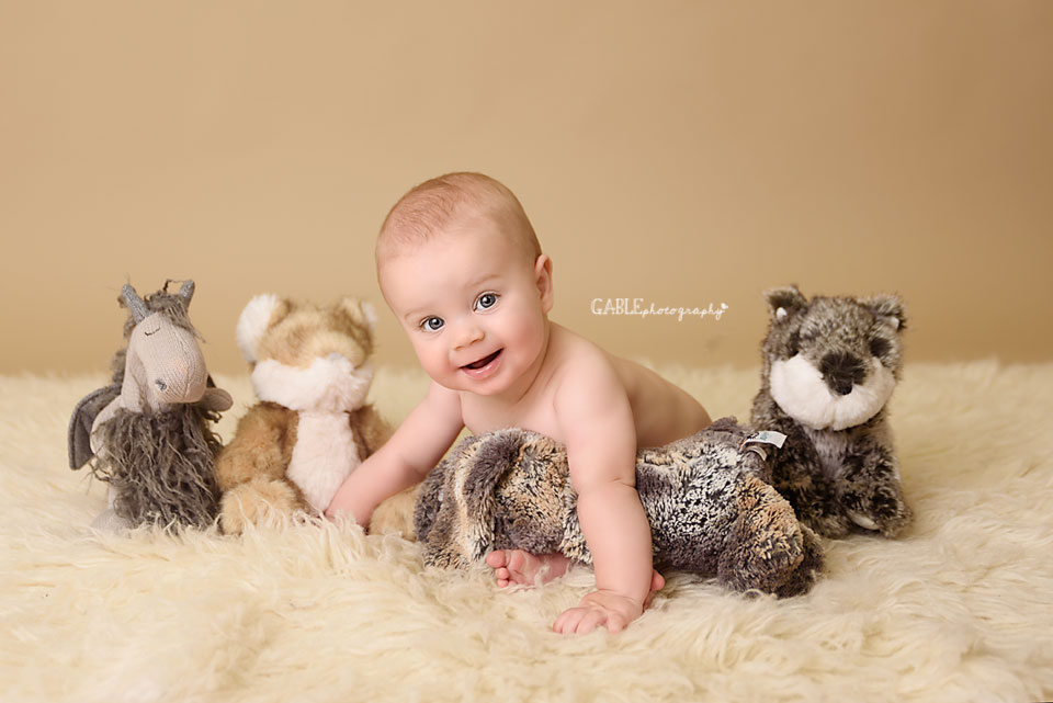 Baby-photography-6months-columbus-ohio-dublin-hilliard-studio_2.jpg