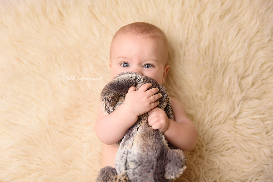Baby-photography-6months-columbus-ohio-dublin-hilliard-studio_1.jpg