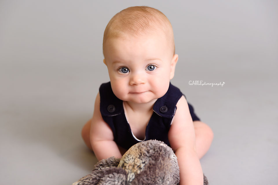 Baby-photography-6months-columbus-ohio-dublin-hilliard-studio_5.jpg
