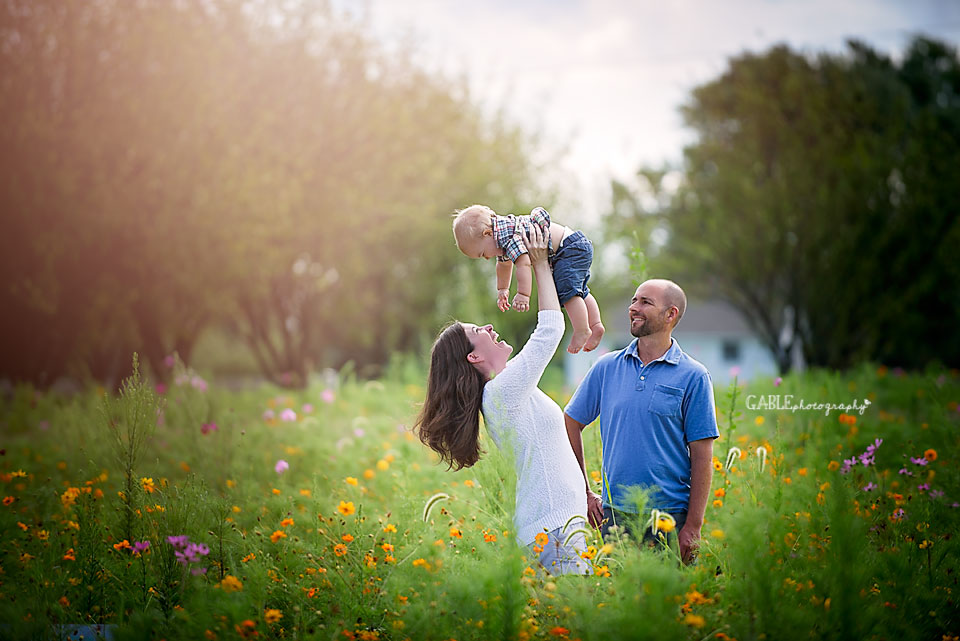 Columbus-family-photographer-homesteadpark-hilliard-baby_2.jpg