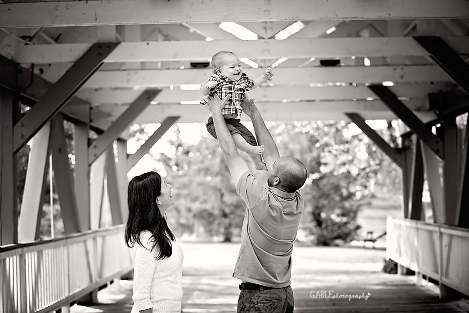Columbus-family-photographer-homesteadpark-hilliard-baby_8.jpg