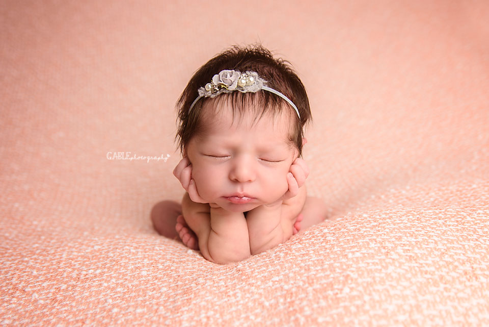 Columbus-newborn-photographer-baby-photography-hilliard-dublin-powell-studio2.jpg