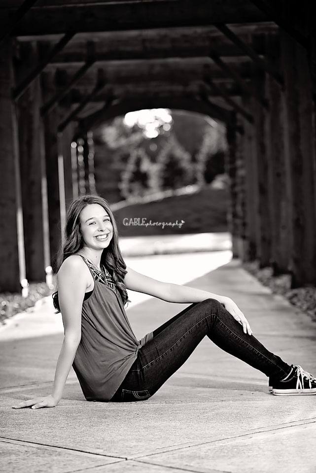 Senior-portraits-photos-dublin-hilliard-powell-photography-studio-gable3.jpg