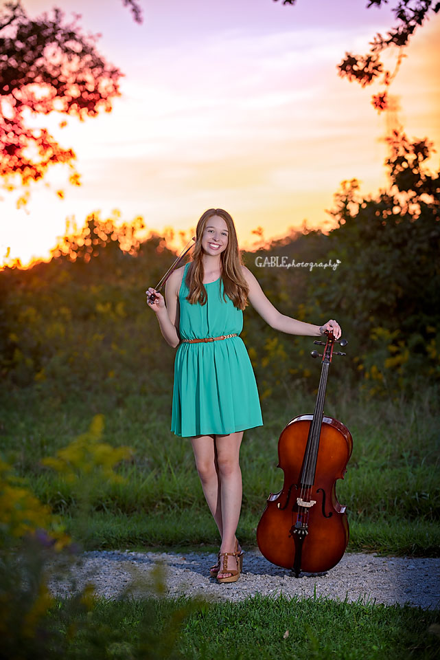 Senior-portraits-photos-dublin-hilliard-powell-photography-studio-gable5.jpg