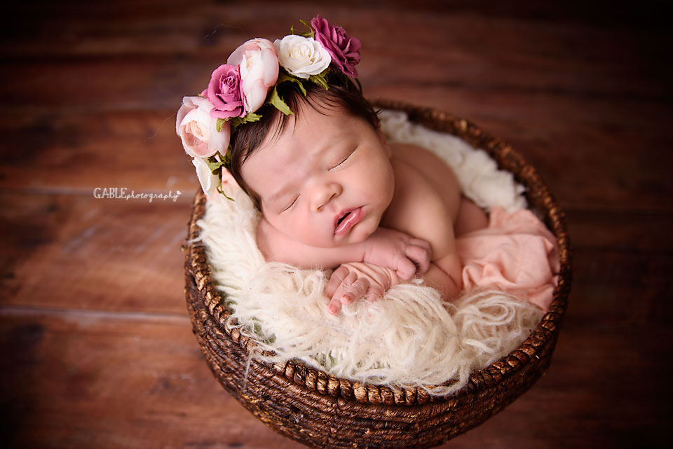 Newborn-photographer-columbus-ohio-baby-photographer-studio-dublin-hilliard-powell12.jpg