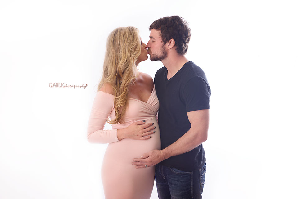 Columbus-maternity-pregnancy-photographer-studio-dublin-hilliard-upperarlington-pwoell_2.jpg