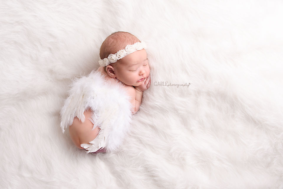 Newborn-photographer-columbus-ohio-dublin-hilliard-upperarlington-grandview-powell-studio-photography-babyphotos_3.jpg