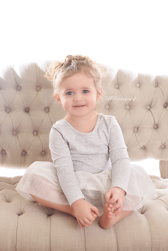 Columbus-ohio-childrens-portraits-studio-fineart-photography.png