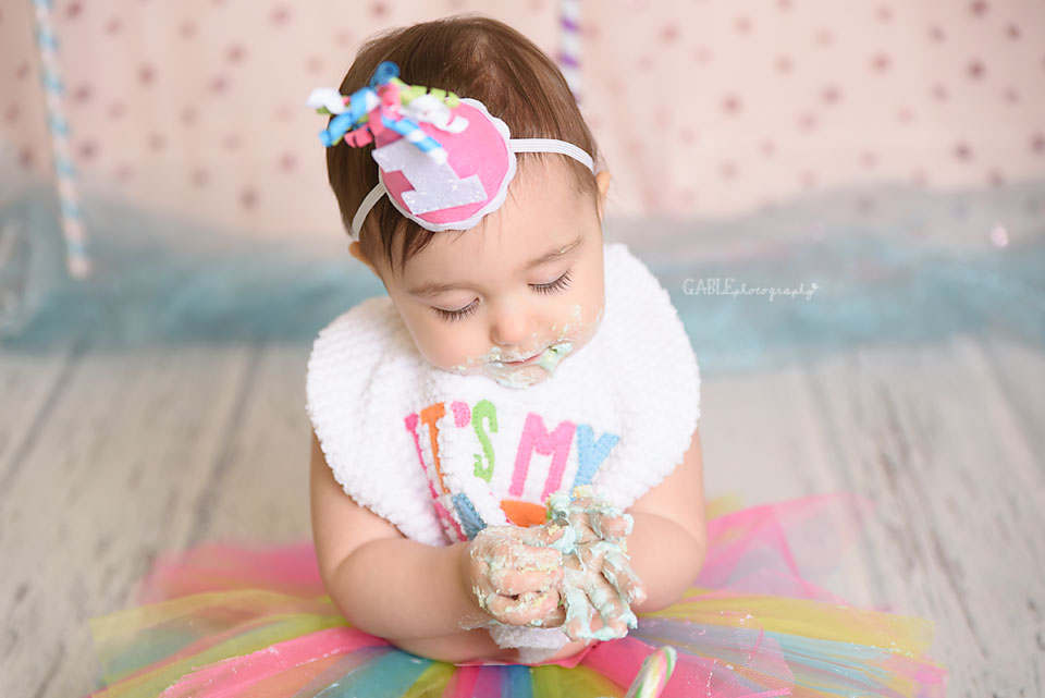 Columbus-ohio-newborn-baby-1yearold-cakesmash-dublin-hilliard-powell-studio-photographer-9.jpg
