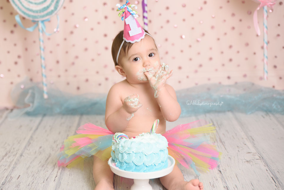 Columbus-ohio-newborn-baby-1yearold-cakesmash-dublin-hilliard-powell-studio-photographer-11.jpg