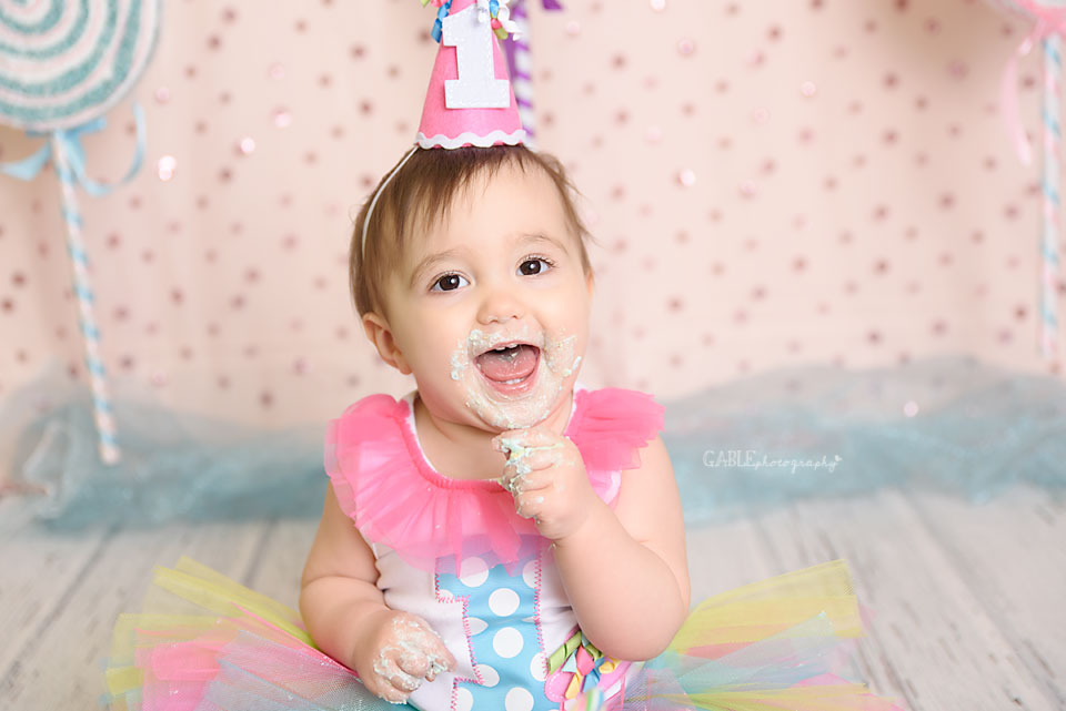 Columbus-ohio-newborn-baby-1yearold-cakesmash-dublin-hilliard-powell-studio-photographer-12.jpg