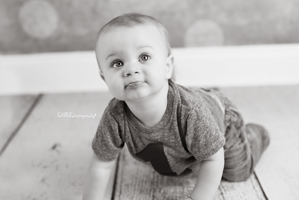 Baby-photos-photography-columbus-ohio-dublin-hilliard-powell-cakesmash-studio-8.png