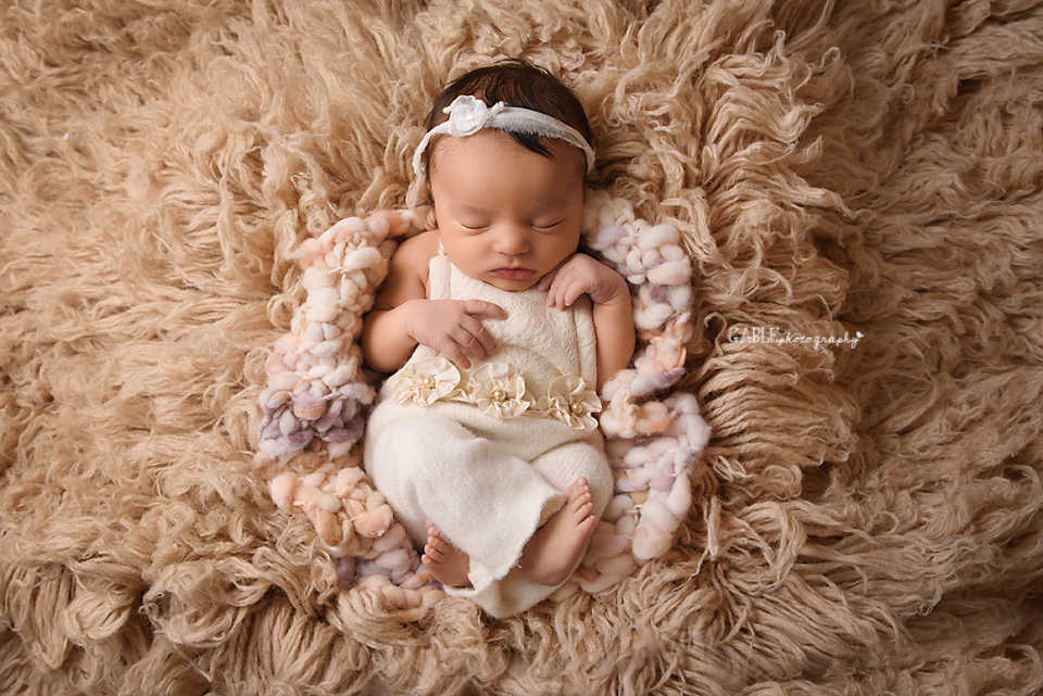 Columbus ohio newborn photographer, baby photographer, dublin, hilliard, upper arlington, powell, worthington, grandview