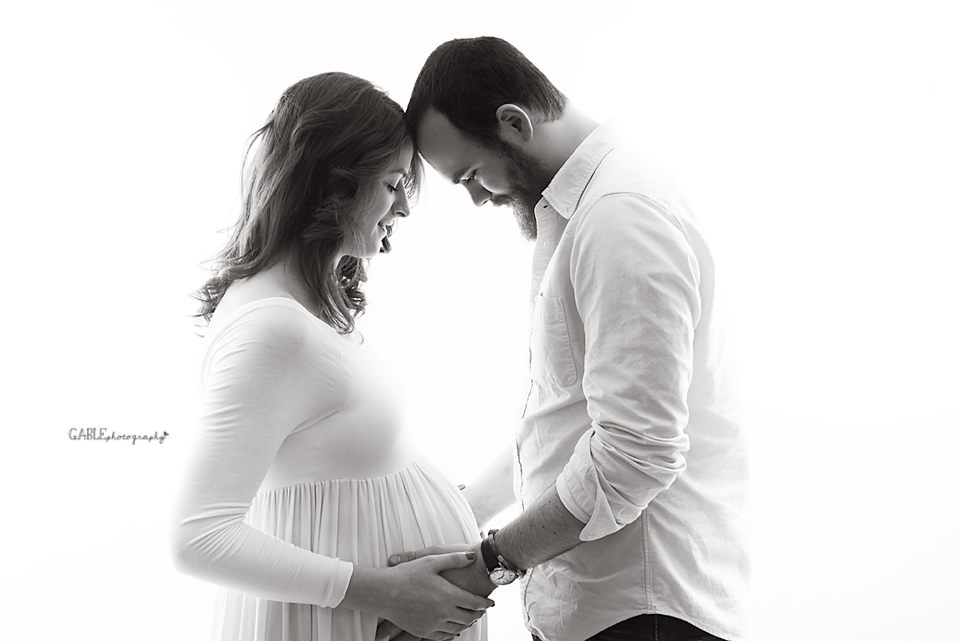 Columbusohiomaternity-photographer-studio-pregnancy-photos-dublin-ohio-hilliard-powell-78.png