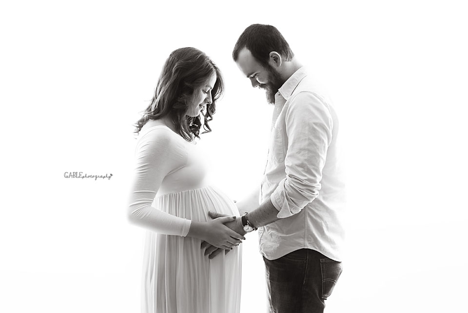 Maternity photographer columbus ohio