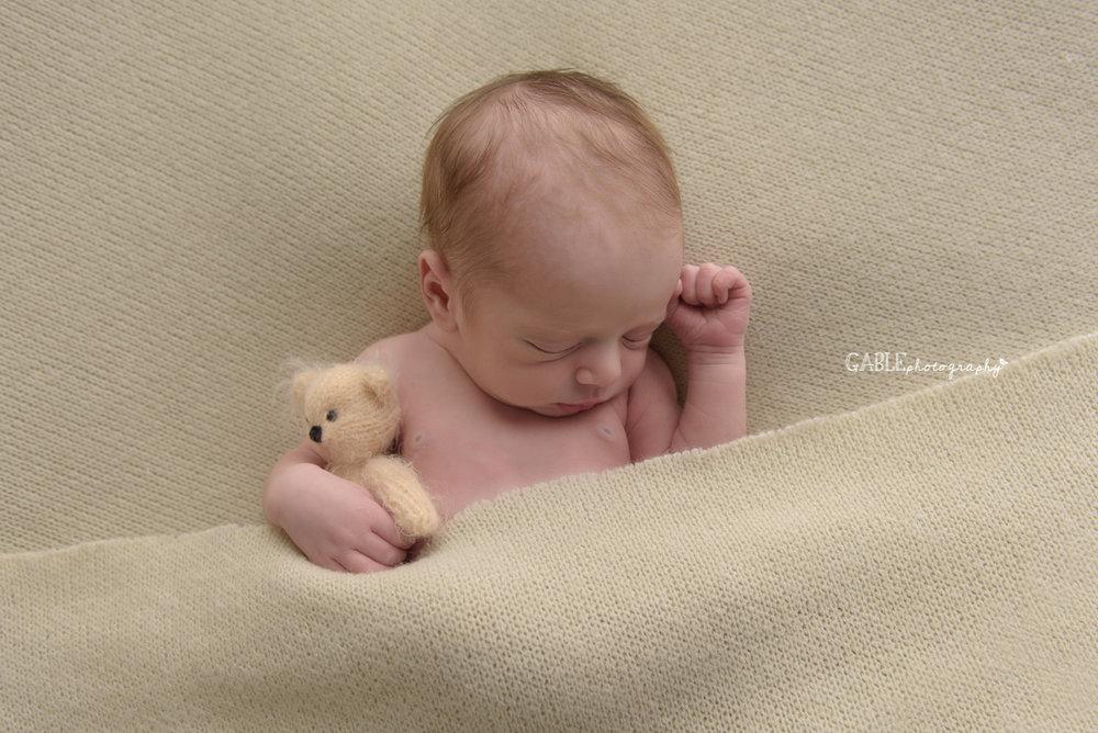 newborn baby photographer columbus ohio