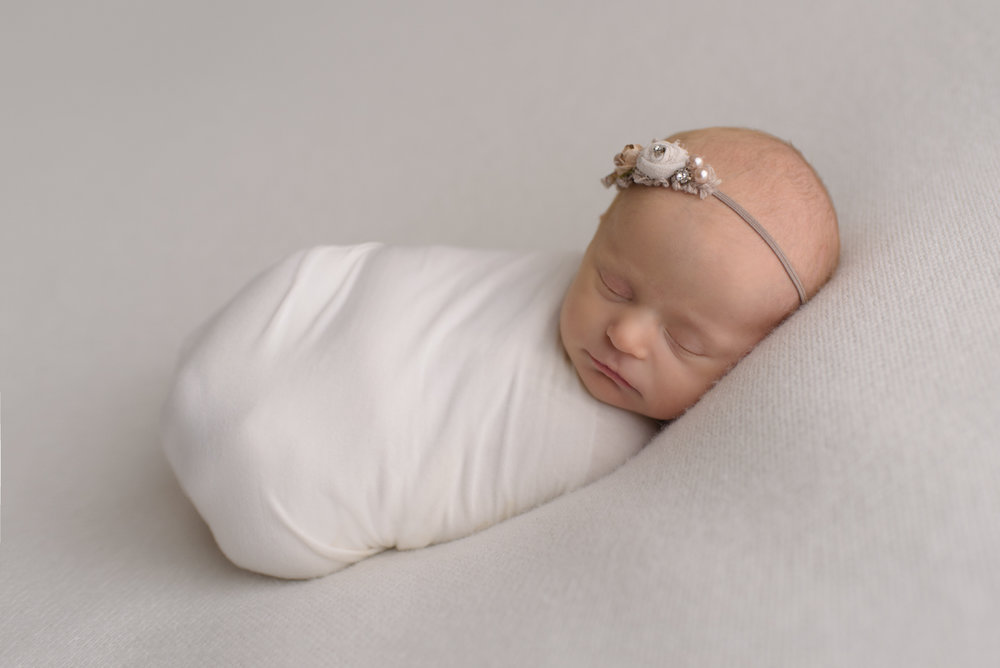 newborn baby girl photography upper arlington ohio