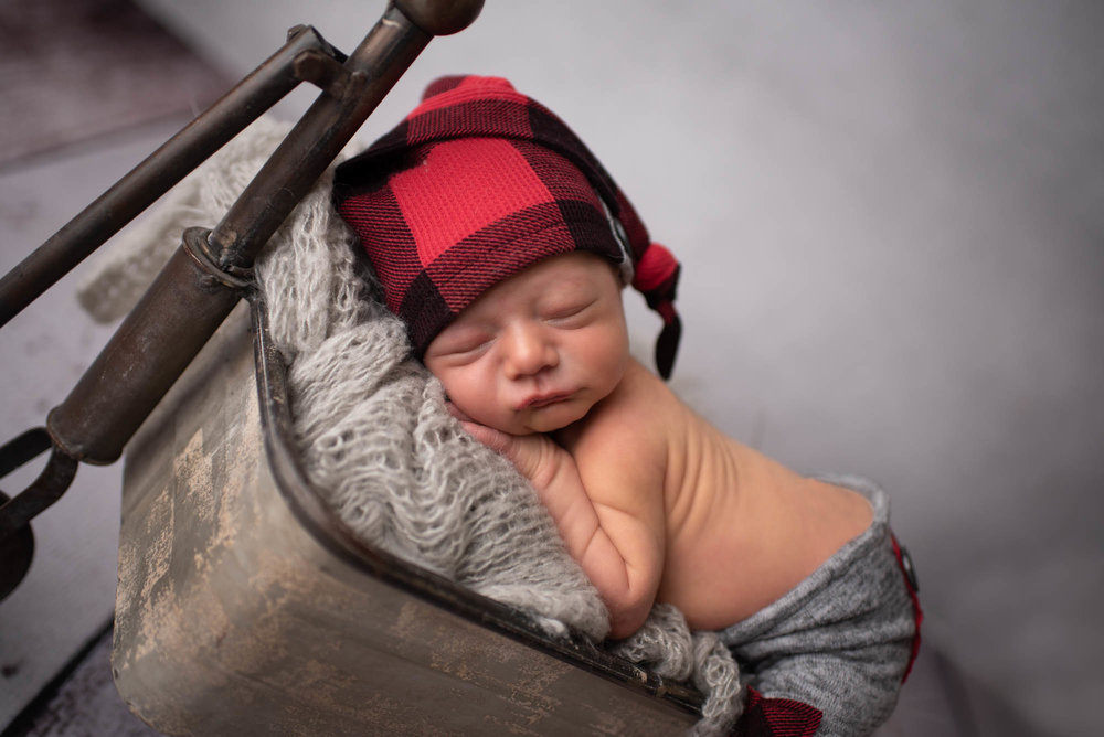 newborn boy photo session dublin ohio
