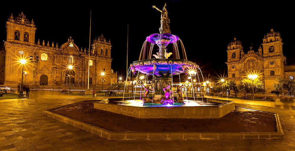 Cusco fountain at night