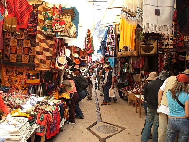 Market during the Sacred Valley tour