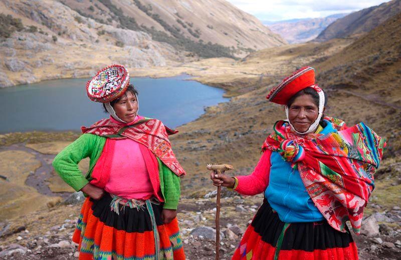 Lares trek locals, Peruvian mountains