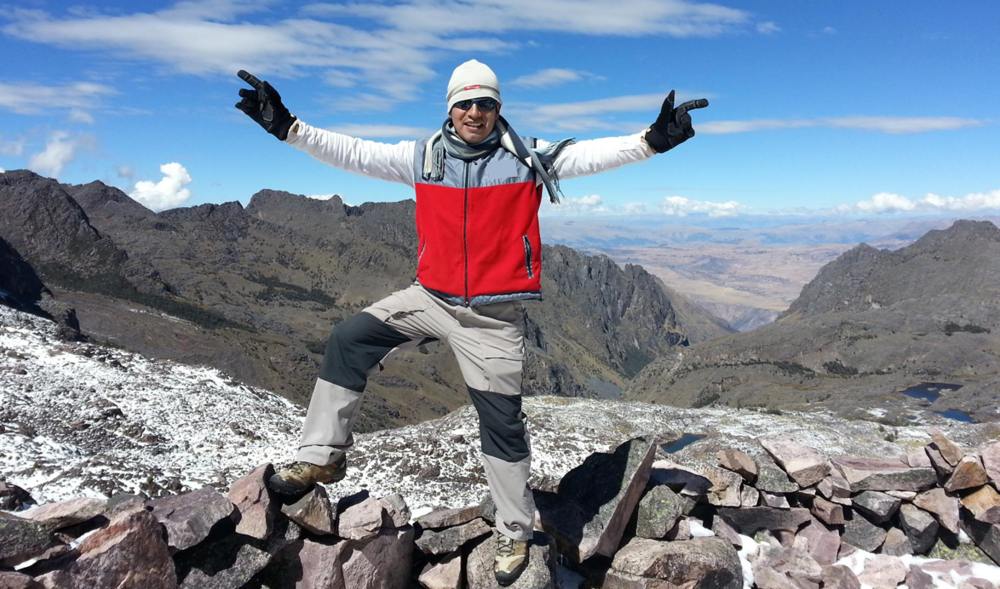 Erik Bayona, 15+year professional tour guide, and the owner of Kusa Treks
