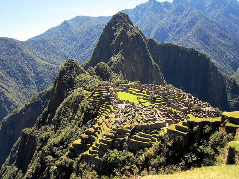 800px-Huayna_Picchu_(7914093476).jpg