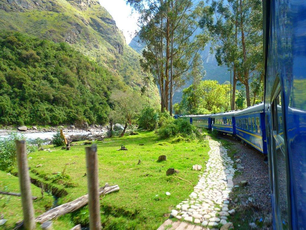 Train-trainride-machu-picchu-machupicchu-incatrail-inca-trail-kusa-treks.jpg