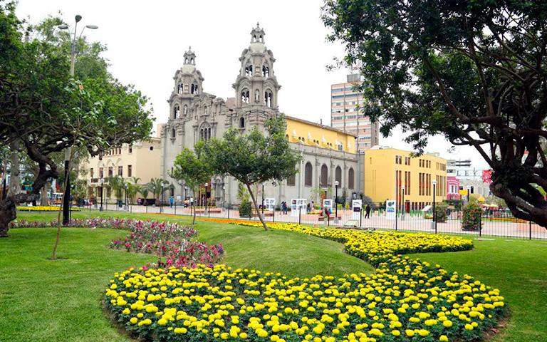 Lima-Peru-Kusa-Treks.jpg