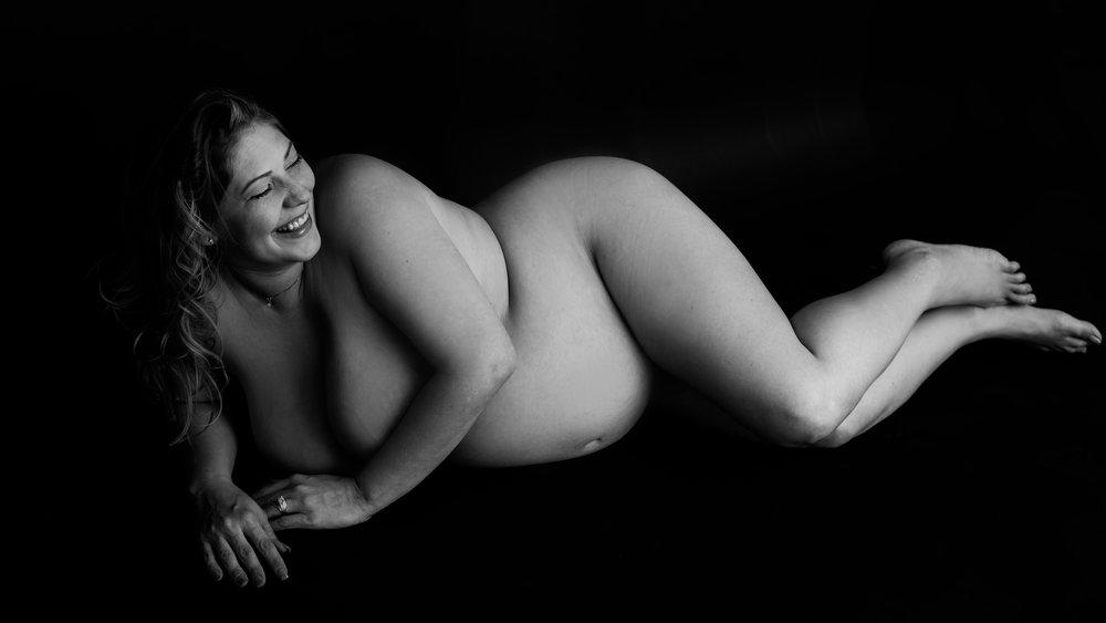 Arizona Maternity Photographer-43.jpg