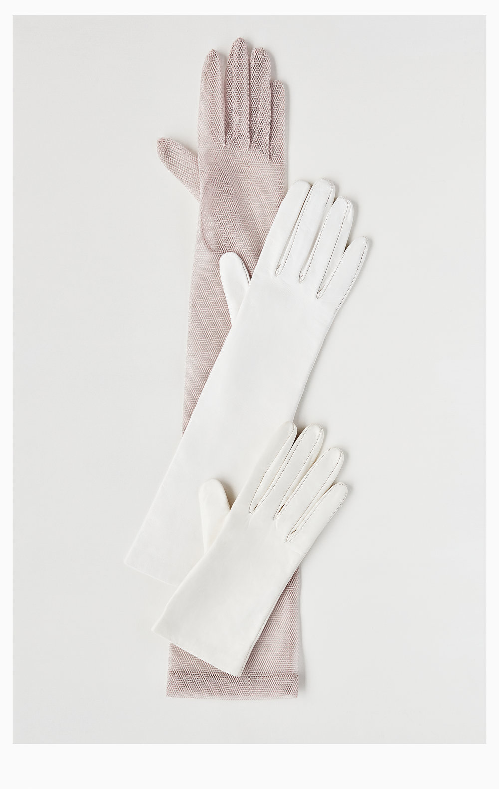 ATARAH_181007_Gloves_White_113_RT_Web.jpg