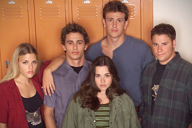 Primary cast members of the 1-season show  Freaks and Geeks  (from left: Busy Phillips, James Franco, Linda Cardellini, Jason Segal, Seth Rogan)