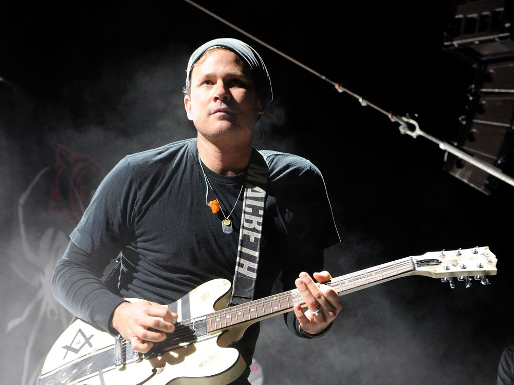 Delonge on stage with his band Angels and Airwaves.
