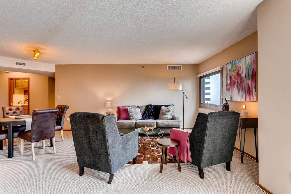 1225 Lasalle Ave 1102-large-005-4-Living Room-1500x1000-72dpi.jpg