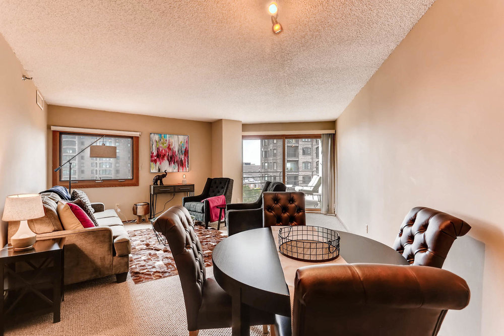 1225 Lasalle Ave 1102-large-008-12-Dining Room-1500x1000-72dpi.jpg