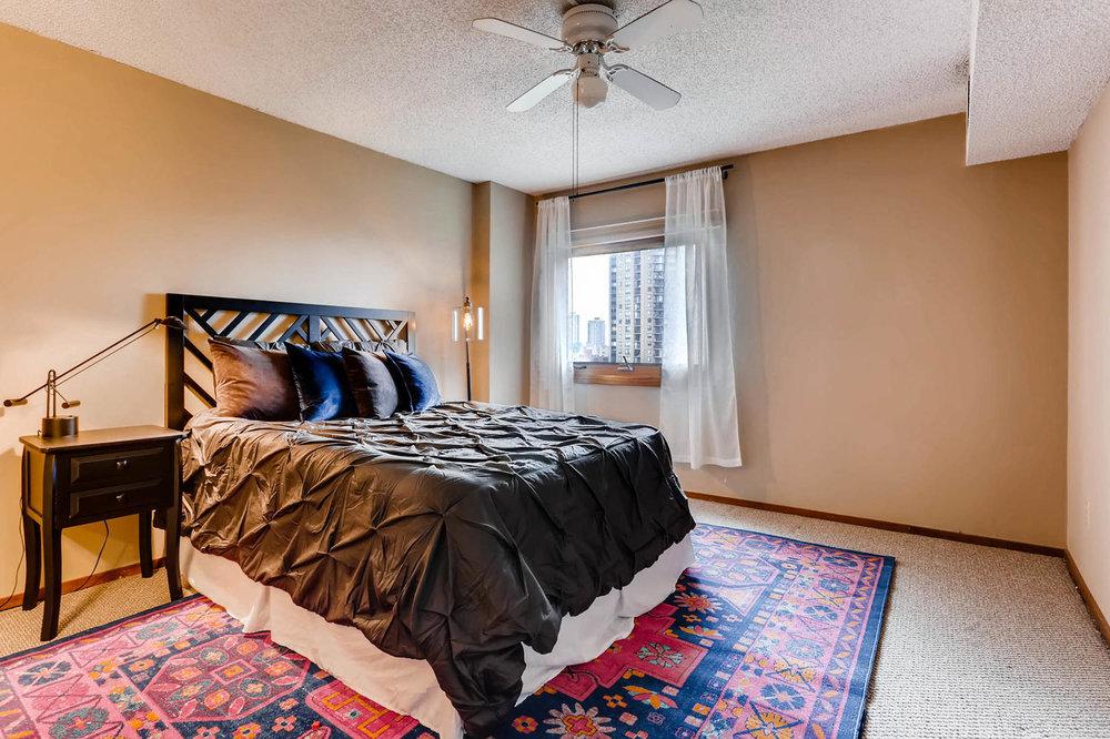 1225 Lasalle Ave 1102-large-012-10-Master Bedroom-1500x1000-72dpi.jpg
