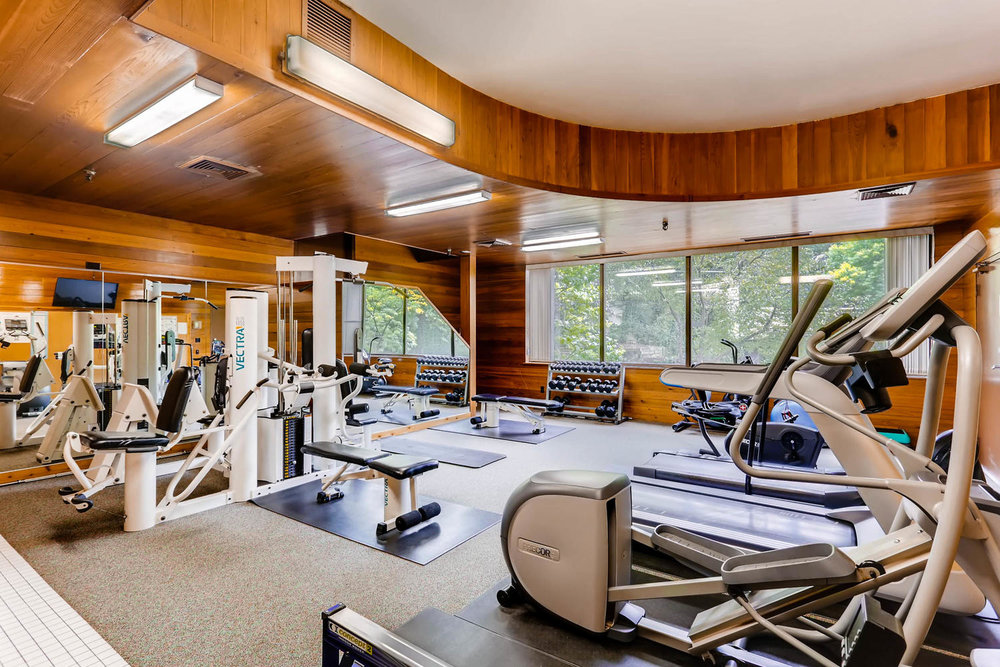 1225 Lasalle Ave 1102-large-021-22-2nd Floor Exercise Room-1500x1000-72dpi.jpg