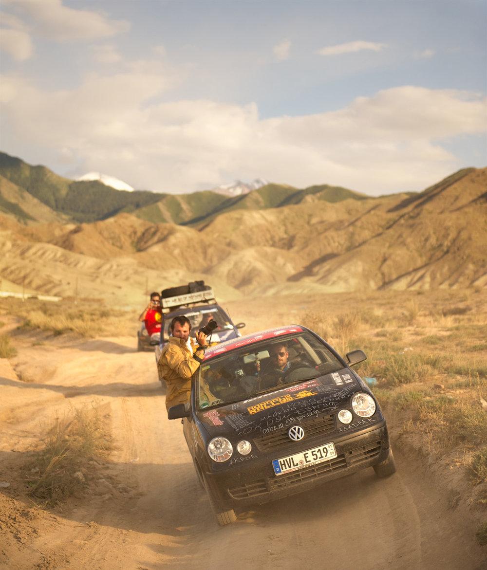 Mongol-Rally-Kyrgyzstan-Freddie-in-car-window.jpg
